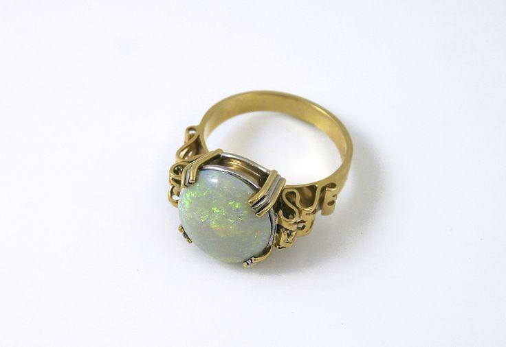 handcrafted Opal Ring.   #antique #vintage #opalring #ring #gold #opal #jewellery #artnouveau #jewellerbroadbeach #handmadejewellerygoldcoast