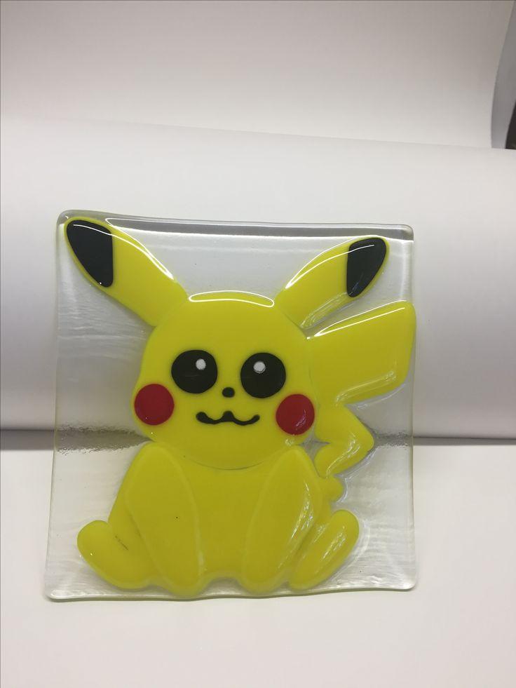 Pokémon (Pikachu) de verre fusionné / fused glass