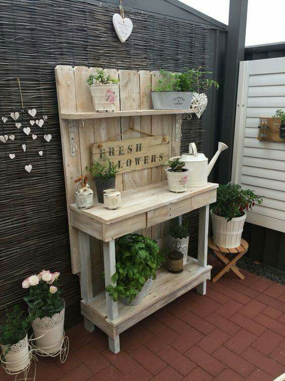 My Cute Corner With Up Cycled Pallet Potting Bench Xoxo   Gardening Lists