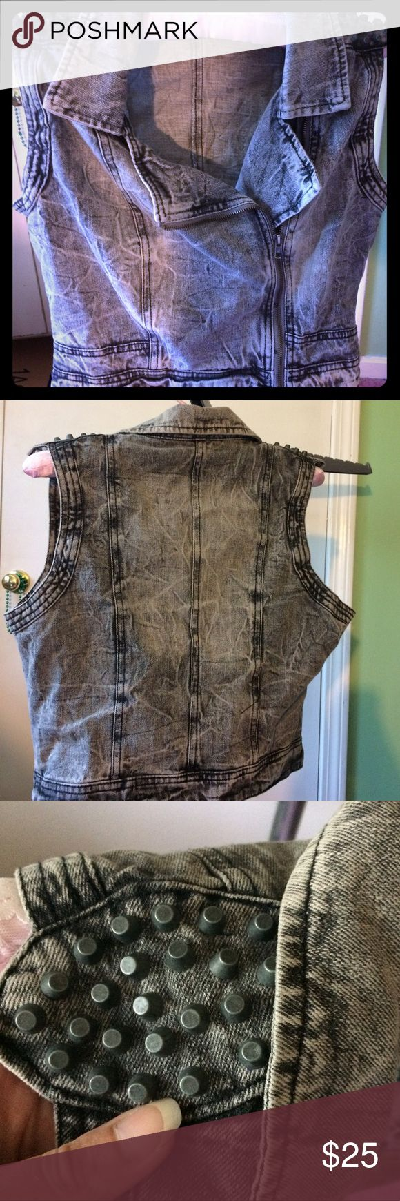 Highway jeans studded faded denim vest Highway jeans studded faded denim vest. Size L, hits about mid waist. Zipper closure. Gently used, you'd almost think it was brand new! Highway Jeans Jackets & Coats Vests