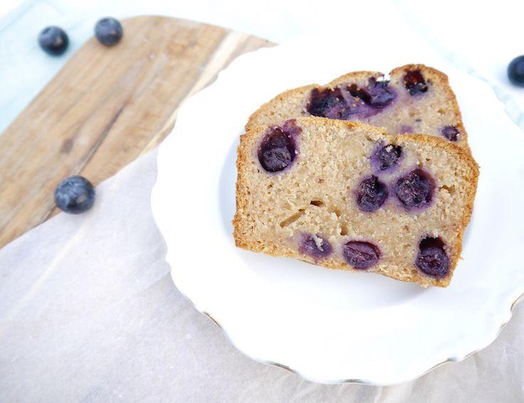Spelt-yoghurtcake met blauwe bessen | Chickslovefood.com | Bloglovin