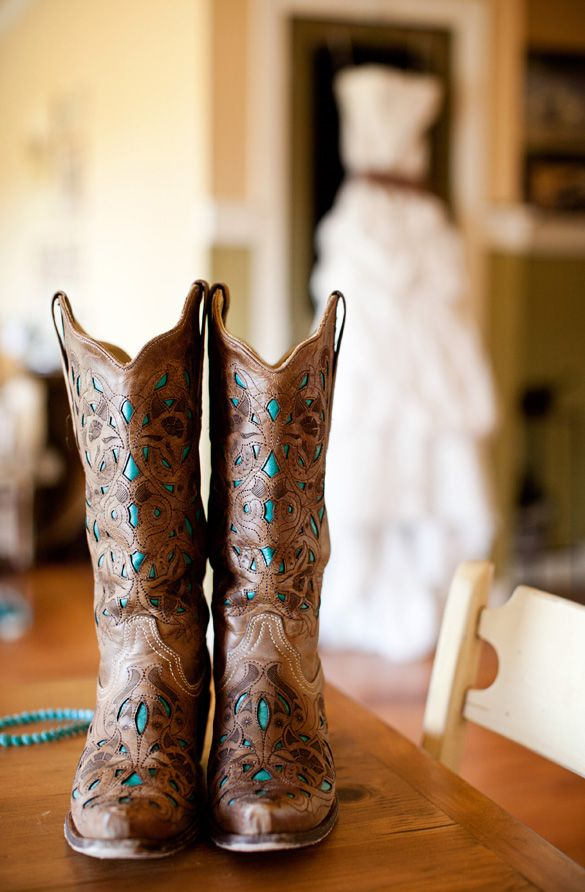 cowboy boots turquoise.. Oh please