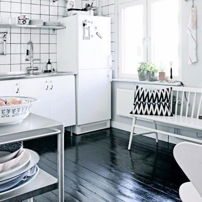 M s de 25 ideas incre bles sobre baldosas de espiga en - Colocar suelo vinilico autoadhesivo sobre baldosa ...