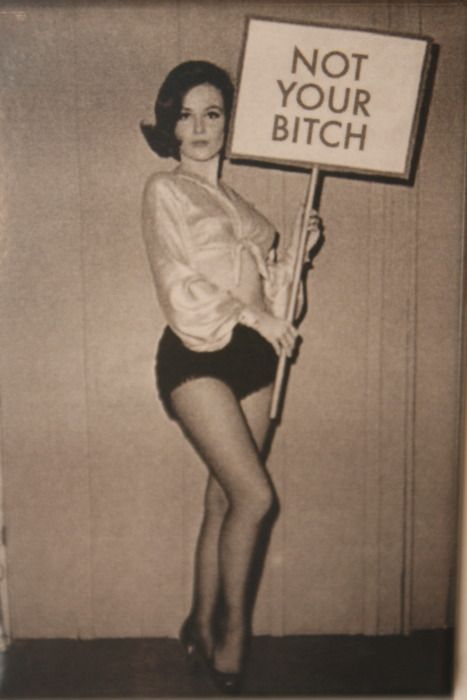 Mary Tyler Moore -- I want this framed and hanging in my apartment, asap!