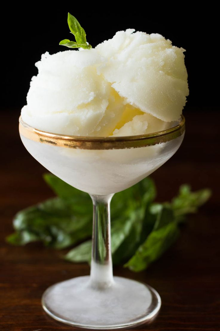 This elegant lemon sorbet is the perfect dessert or palate cleanser, and it's so very easy to make! Only 4 simple ingredients. #STOUFFERSGOODNESS #ad