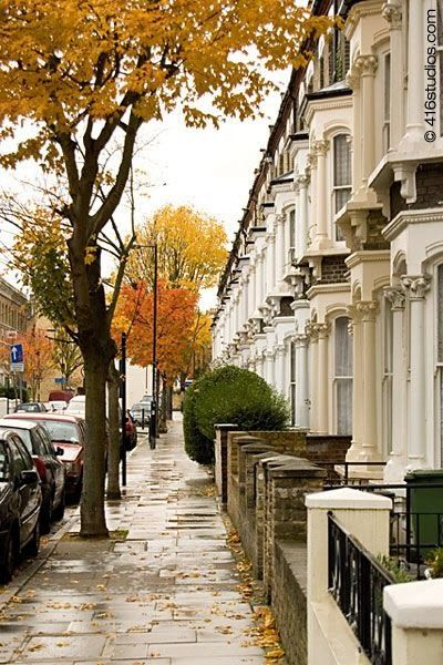 Autumn in London reminds me of the street I used to live on :)