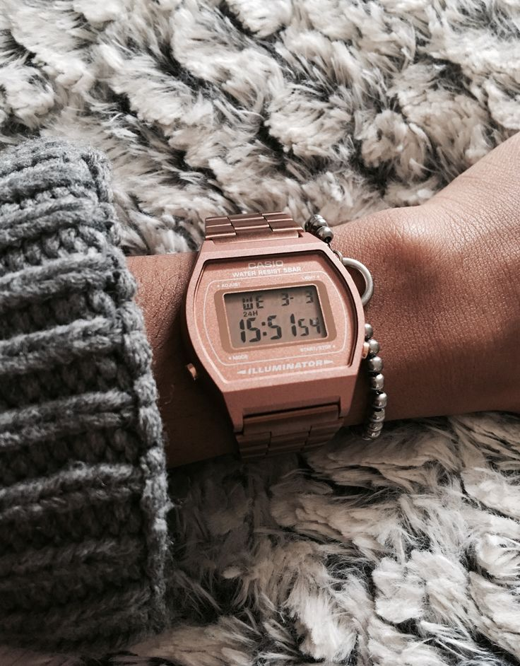 Casio retro  Gold rose