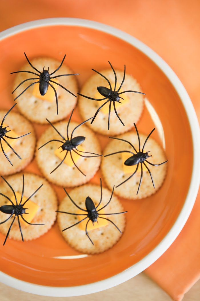 Kara's Party Ideas | Kids Birthday Party Themes: Classroom Halloween Party
