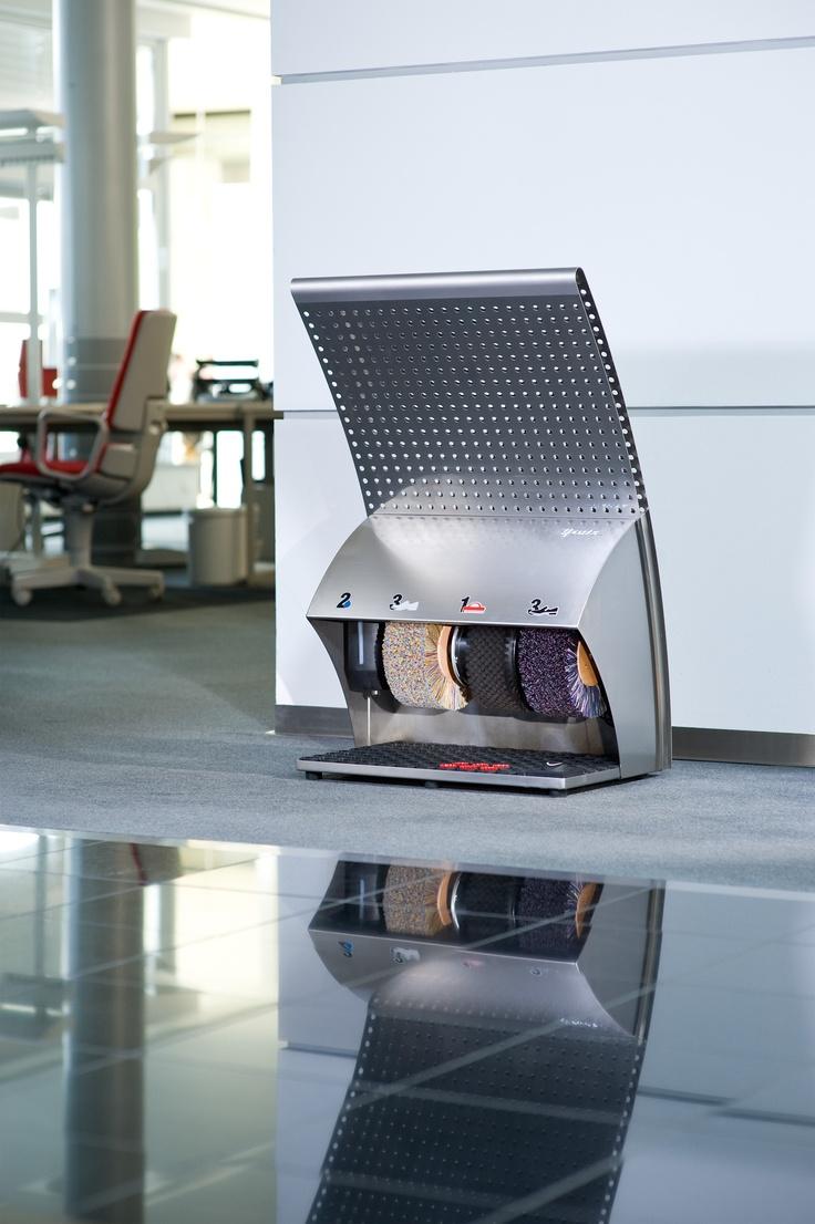 Maszyna do czyszczenia butów model PoliSwing firmy HEUTE