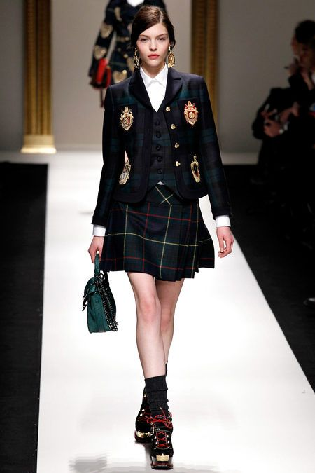 Moschino Plaid Uniform Fw13 Paris Schoolgirl Inspiration And Catwalk Pinterest Preppy