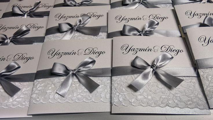 Invitaciones para boda blanco con plata