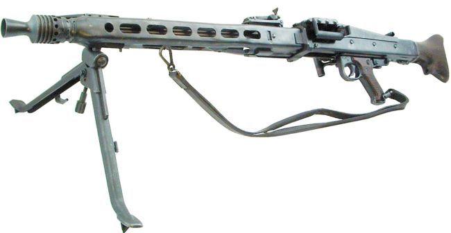 METRALHADORA  MG42