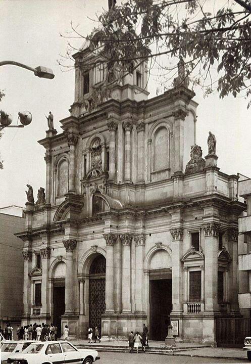 Iglesia del voto nacional 1987