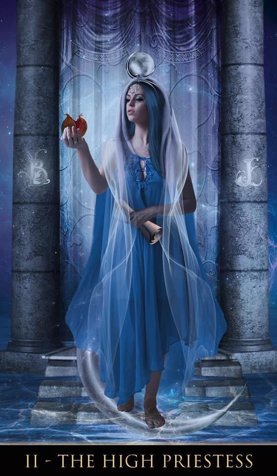 Resultado de imagem para the high priestess