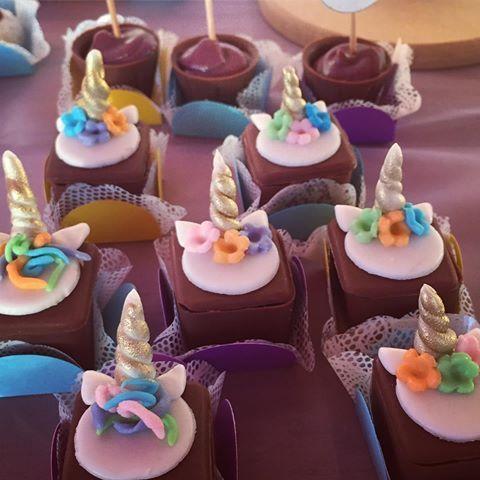 Unicorn Cupcake: 60 ideas que te deleitarán   – DOCES UNICÓRNIO