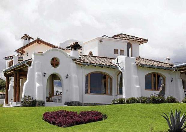 17 mejores ideas sobre fachadas de casas bonitas en for Casas municipio guayaquil