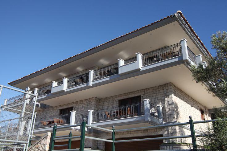 Treanto Nafpaktos Boutique Hotel - Χτισμένο στην Σκάλα Ναυπακτίας, ένα καταπράσινο τοπίο με θέα στον Κορινθιακό Κόλπο -  http://treantonafpaktos.gr/el/accommodation/hotel