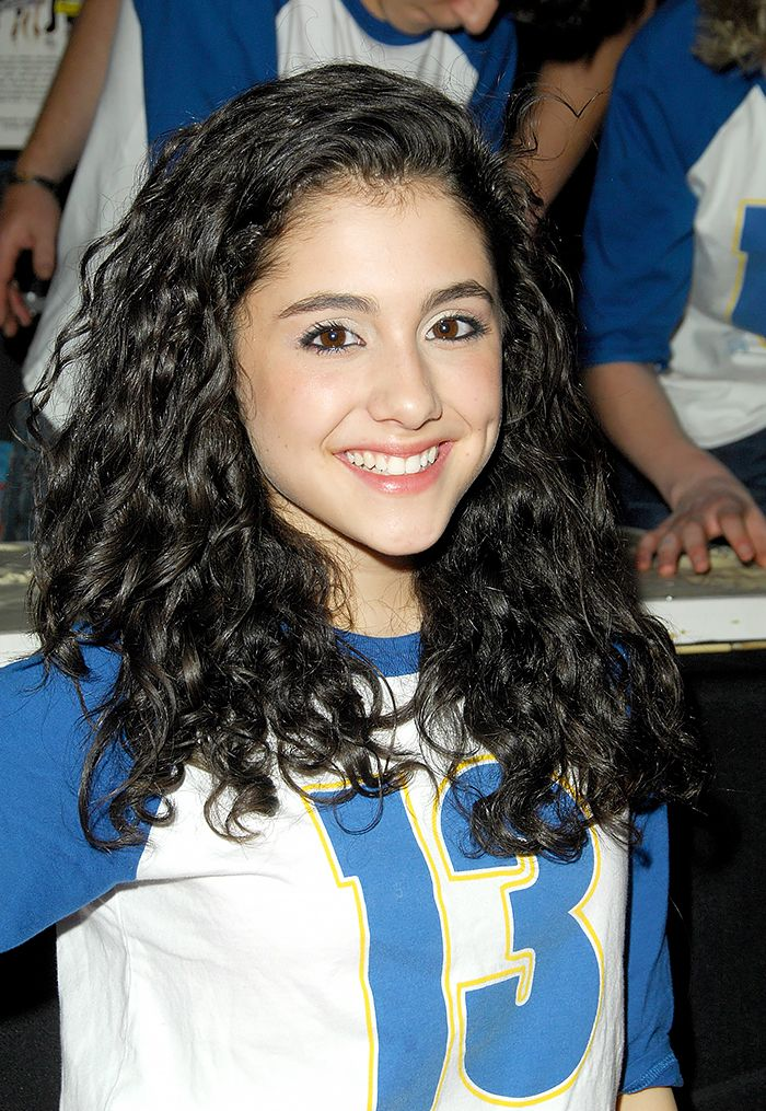 Ariana Grande in 2008 with super-curly strands and black liner