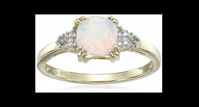 DON'T MISS THIS! >> GOLD, OPAL AND DIAMOND LADIES RING - Sale starts 11AM site time, Limited Stock so hurry and check NOW!