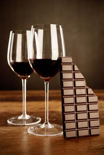 """Chocolate e vinho tinto  podem, afinal, ajudar a combater a diabetes! """"Meus remedios favoritos"""""""