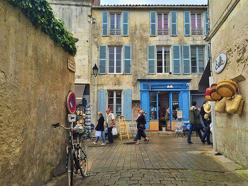 Calle de Saint-Martin-de-Ré (Isla de Ré, Francia)