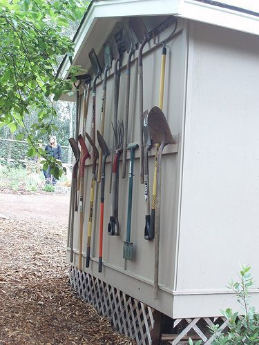 25 best organize outdoors images on pinterest diy for Garden tool storage ideas