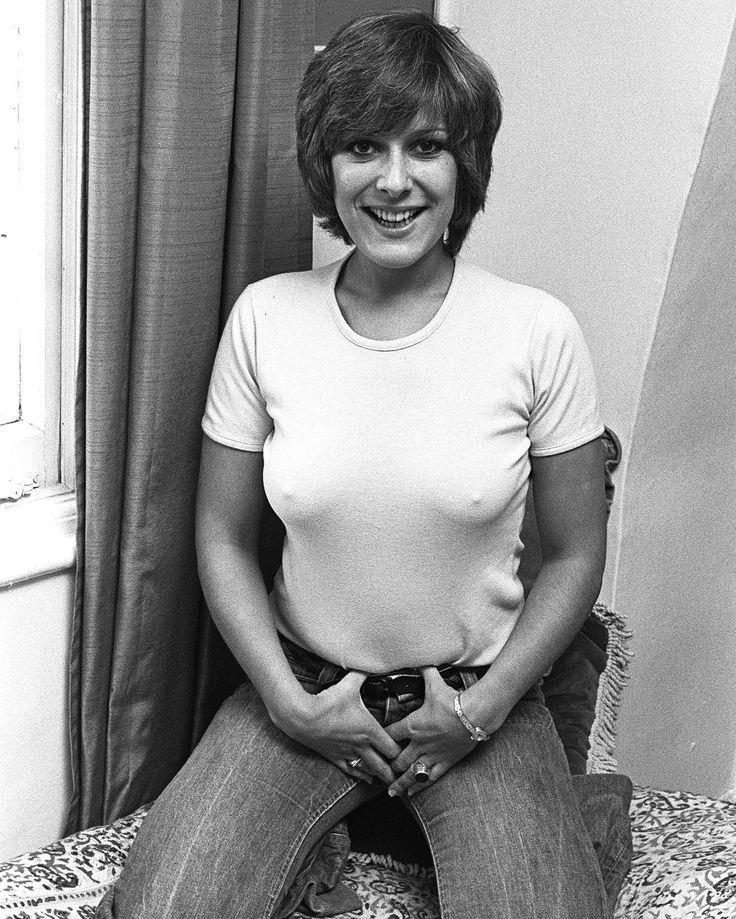 Linda bellingham upskirt