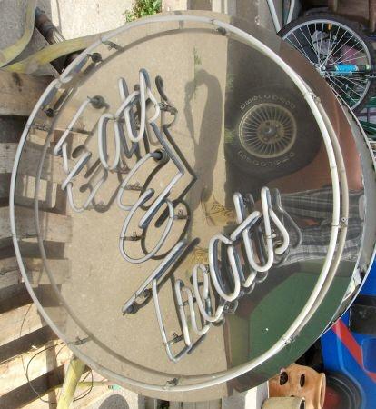 vintage Eats & Treats neon sign - $225: Neon Signs, Treats Neon