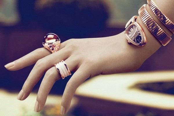 Bvlgari: Accessories Ideas, Beautiful Pieces, Bvlgari Watches, Accessories Clothing, Hotels Milan, Bulgari Hotels, Pretty Jewelry, Accessories Collection, Bvlgari Handbags