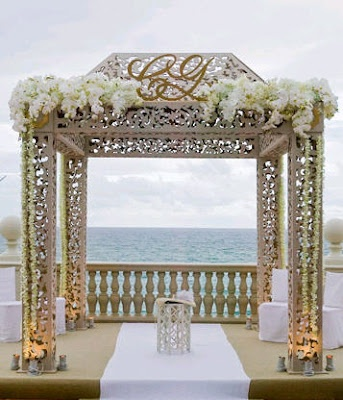 indian mandap with white flowers.  gold mandap. wedding monogram  #indianwedding, #shaadibazaar