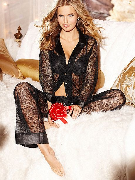 2013 Holiday Lingerie Shopping Guides: Gifts for $50.01 to $100   The Lingerie Addict   Lingerie For Who You Are