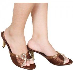 Sepatu High Heels  Chica Coklat IDR215000 SKU Muthia 5483 Size 36-40 heels 7 cm high heels-embellished  Hubungi Customer Service kami untuk pemesanan : Phone / Whatsapp : 089624618831 Line: Slightshoes Email : order@slightshop.com