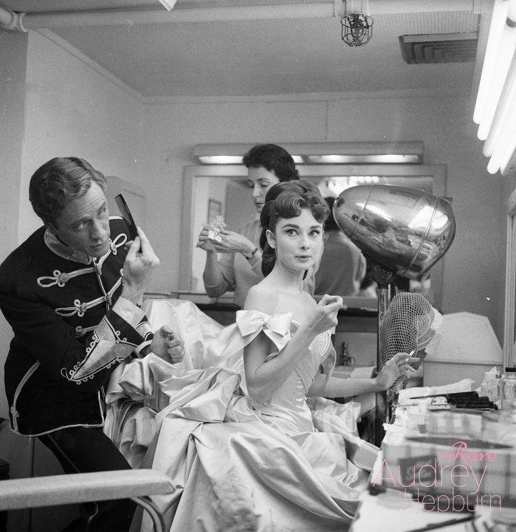 Rare Audrey Hepburn — Behind the scenes photos of Audrey Hepburn and...