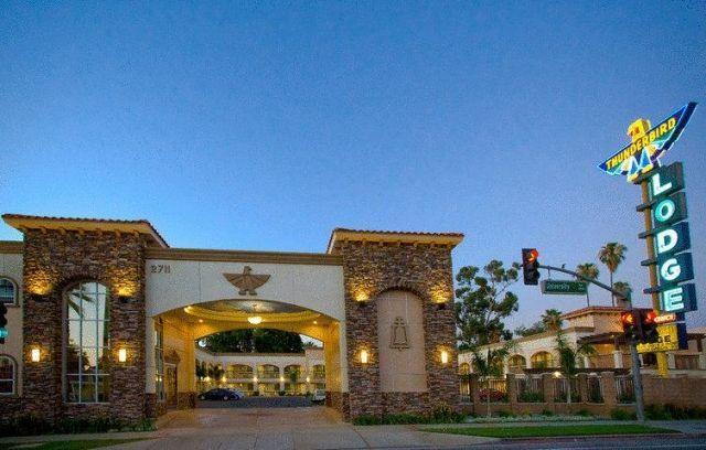 Thunderbird Lodge - 2 Star #Motels - $63 - #Hotels #UnitedStatesofAmerica #Riverside http://www.justigo.co.nz/hotels/united-states-of-america/riverside/thunderbird-lodge-riverside_91258.html
