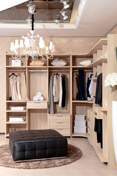side photo of walk-in wardrobe
