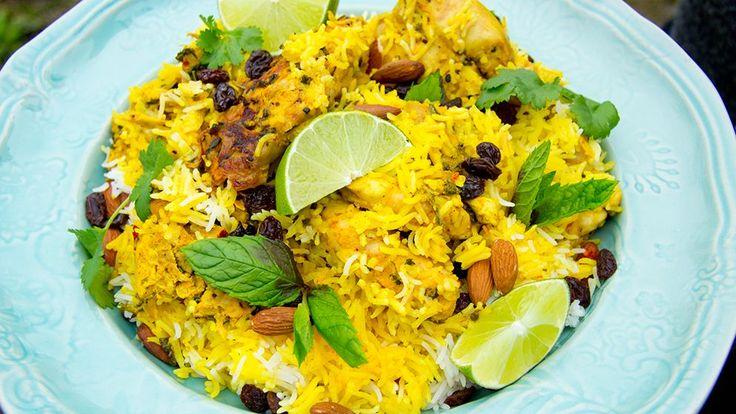 Risrätten Biryani med kyckling kommer från södra Asien. Den speciella kryddblandningen är det som gör rätten speciellt god och full av smaker.