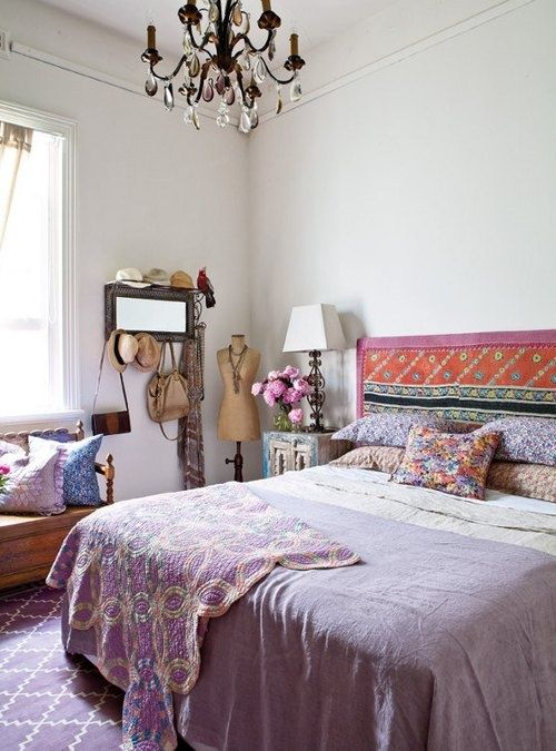 bohemian bedroom design ideas.romantic lighting & headboard x semi-modern furniture x ethnic pattern: