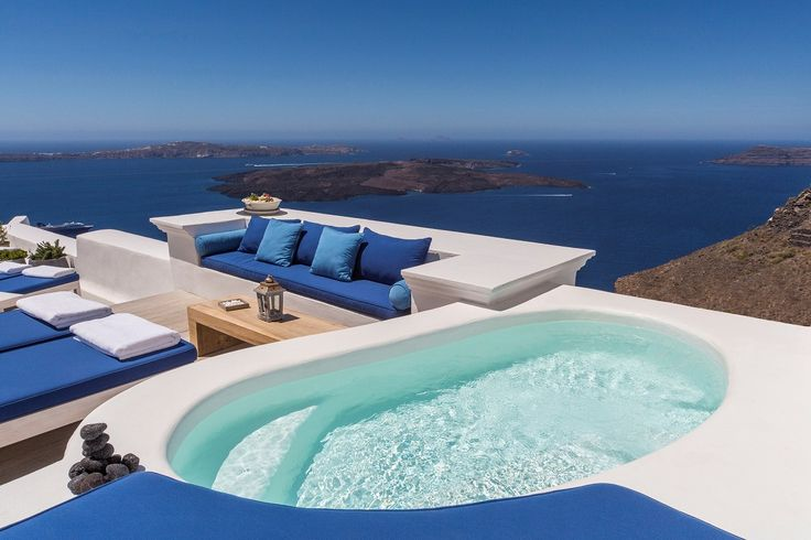 Another timeless day at our haven of tranquility... #iconicsantorini #imerovigli #santorini #caldera
