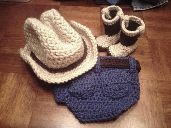 Free Crochet Hat & Diaper Cover Set Patterns | Crochet Cowboy Diaper Cover, Hat and Boot Set Photography Prop Costume