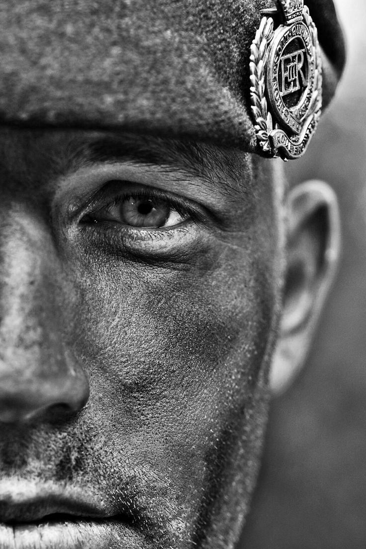 Another #blackandwhite of my friend Joe in the @Proud_Sappers Royal Engineers #photography