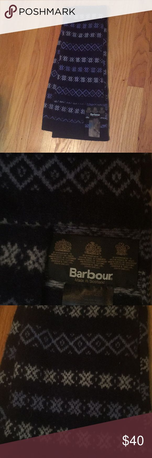 Barbour Scarf Preowned Barbour Scarf  100% new wool Barbour Accessories Scarves & Wraps