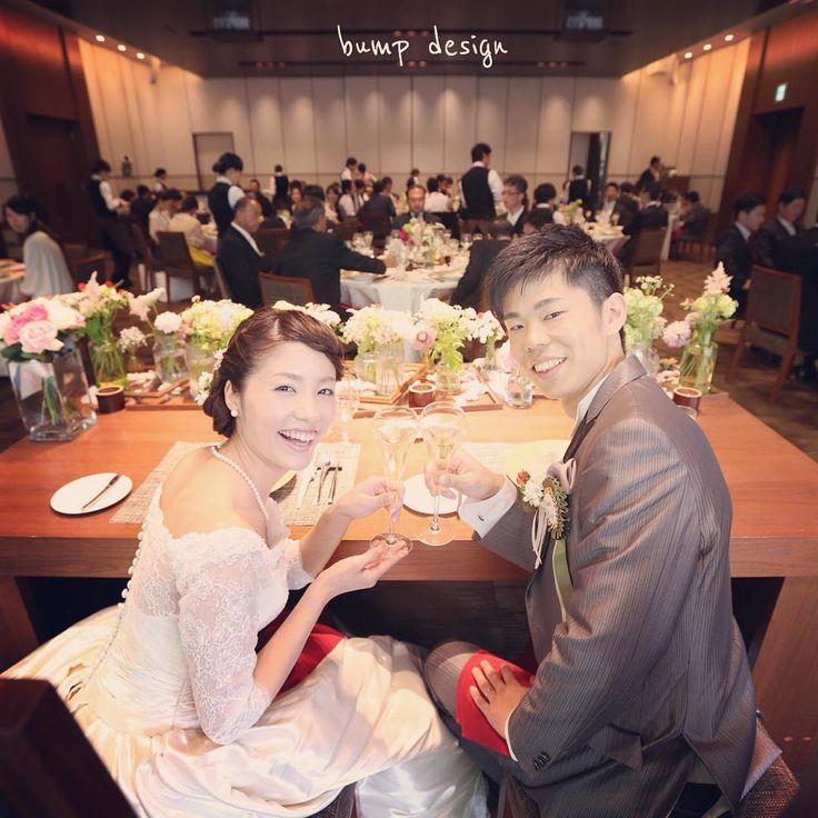 #太閤園  大阪・太閤園さんでの結婚式。  奈良で打ち合わせした後に急遽、真冬の若草山でエンゲージ撮影しちゃった大好きなお二人!  あの気を失うくらいの寒さのおかげで、何故かチーム感が高まりましたね。笑  太閤園さん、 すごい綺麗にリニューアルされていてビックリしました。  #結婚写真 #花嫁 #プレ花嫁 #結婚 #結婚式 #結婚準備 #婚約 #カメラマン #プロポーズ #前撮り #エンゲージ #写真家 #ブライダル #ゼクシィ #ブーケ #和装 #ウェディングドレス #ウェディングフォト #七五三 #お宮参り #記念写真  #ウェディング #IGersJP  #weddingphoto #bumpdesign #バンプデザイン