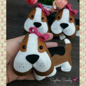 Chaveiros Beagle em feltro
