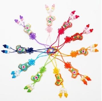decorative knot craft