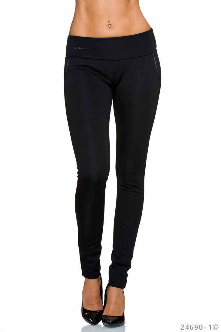 Colant Skinny Shape Black. Colanti din material elastic, potriviti pentru toamna-iarna ce pot fi asortati la o tinuta eleganta cat si casual. Accesorizati cu buzunare si accesoriu metalic.