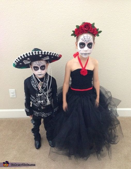 Christina: Bella and Cruz Angelo are dressed as sugar skulls, a typical candy used in Day of the Dead celebrations in Mexico. The idea came from my love of sugar skulls....