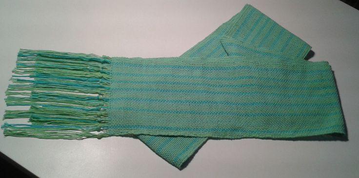 Camino de mesa de hilo tejido en telar