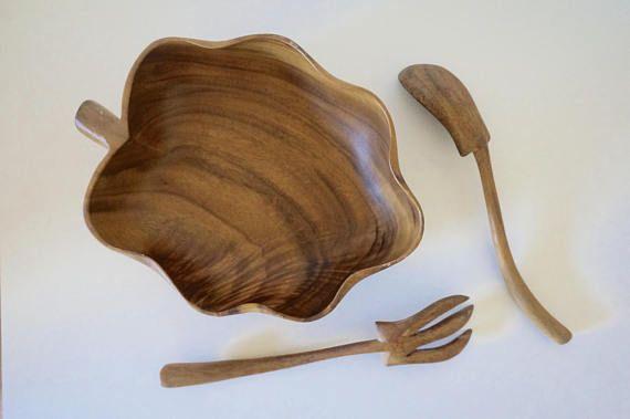 Hawaiien wooden bowl and serving utensils // Kitchen decor //