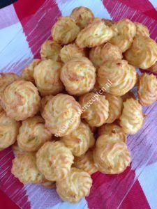 Pommes Duchesse zijn gebakken vormpjes van aardappelpuree en ei. Het ideale bijgerecht om te serveren tijdens een kerstdiner of een gewoon diner. Je laat je gasten versteld staan als je verteld dat…