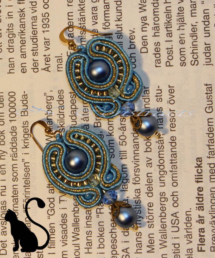 """10. Earrings """"Alice"""""""
